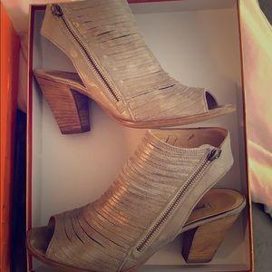 Paul Green Cayanne Leather Peep Toe Sandal